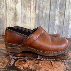Dansko XP Brown Leather Clogs